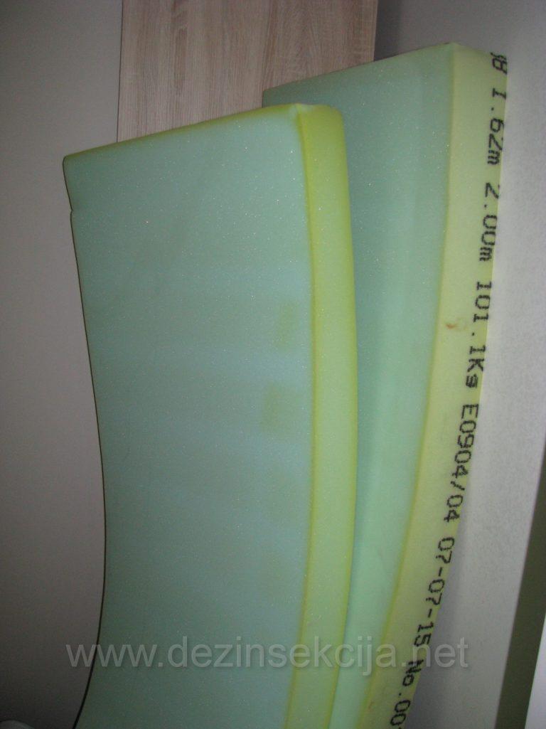 Primer unutrasnje postavke duseka i lezajeva pred hemijskim tretmanom.