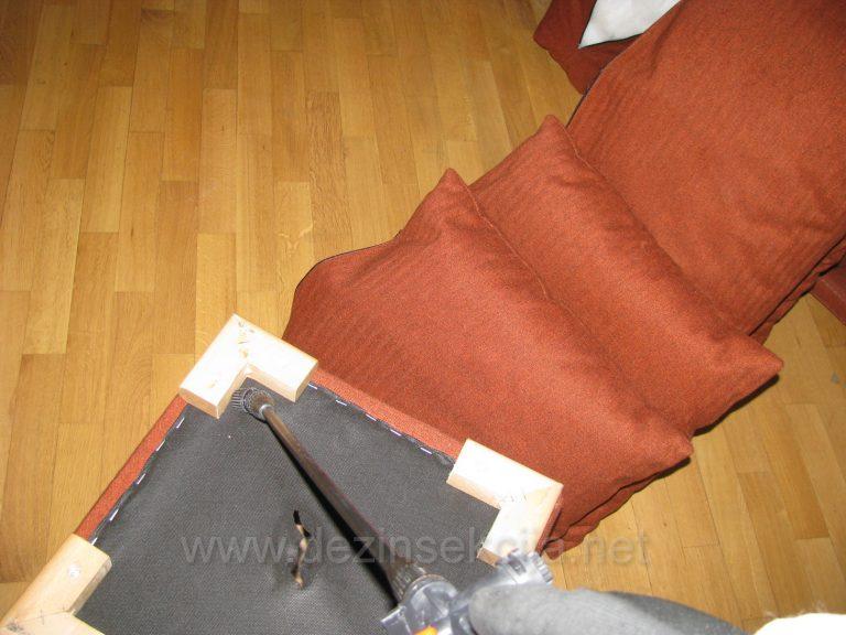 Dezinsekcija jednoseda i sofa odnosno fotelja.Prvi propust amaterskih sluzbi je u tome sto nikada ne okrenu namestaj za 180 stepeni i nikada ne omoguce pristup preparatu u delovima ispod zastitnog platna.