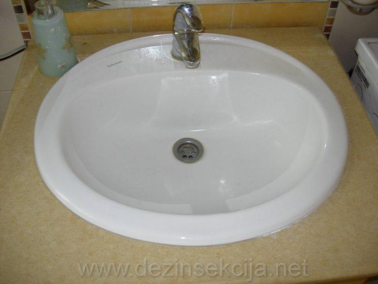 Slivnici i ugradni umivaonici su steciste bubarusa ispod keramcike podloge.