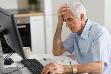 Rade i u penziji-najmanje 34.000 penzionera zaposleno u Srbiji