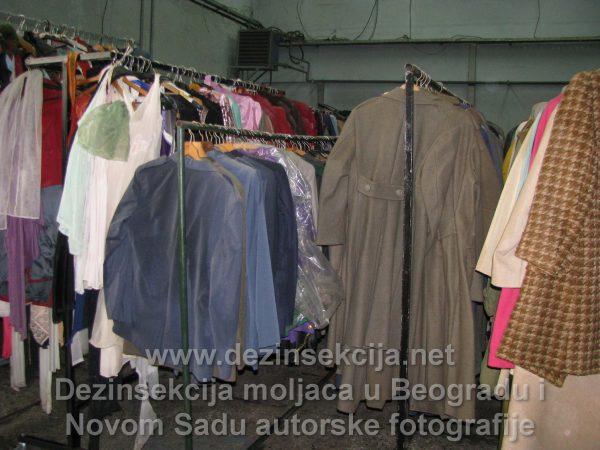 Regulacija moljaca u kostimima priprema prostorija.