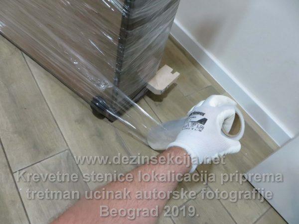 Regulacija stenica putem hemijskog tretmana i rolovanja kreveta.Autorske fotografije hotela i hostela u Beogradu i Novom Sadu 2015-2019 e godine.